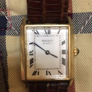 Vintage Seiko Quartz tank watch